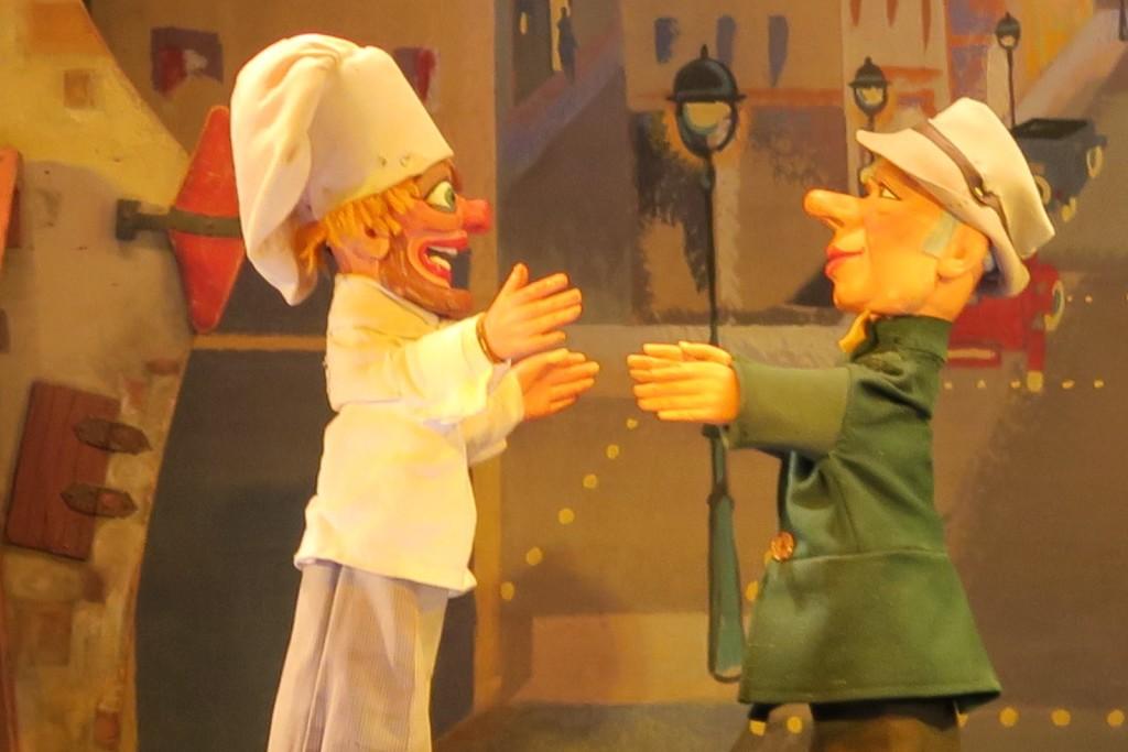 Paris with kids - Theatre Jardin du Luxembourg - Puppet Show